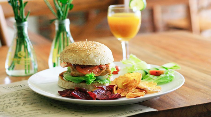Dieta vegana, en què consisteix?