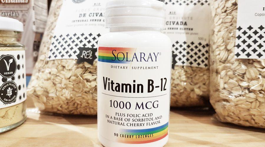 Les persones veganes han de prendre B12?