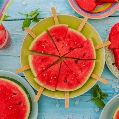 Menjar d'estiu, síndria i refrescs
