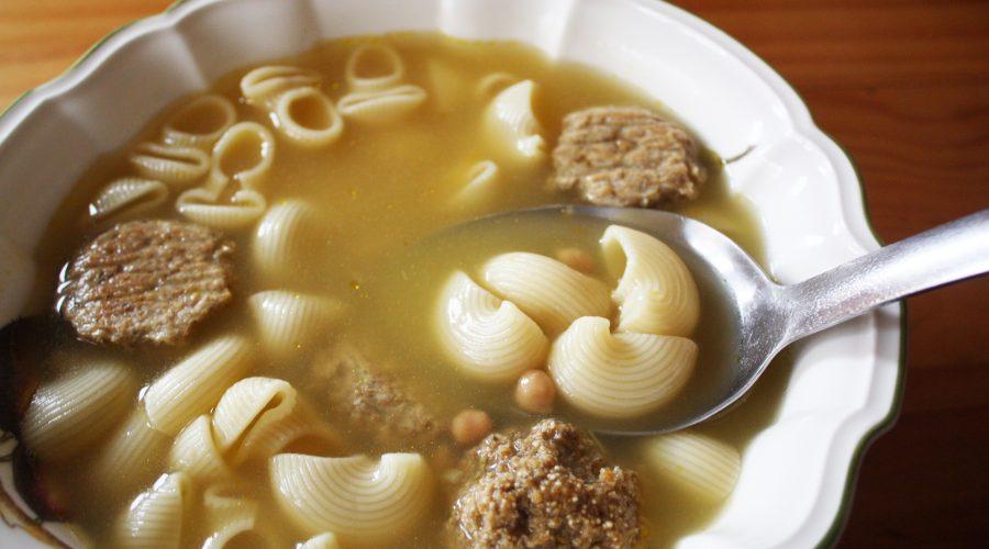 """Escudella"" vegetariana. Sopa de galets veggie"