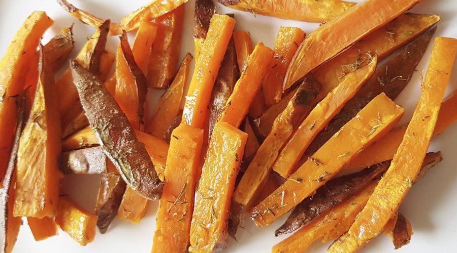 Tires de moniato amb cúrcuma, pebre caiena i farigola