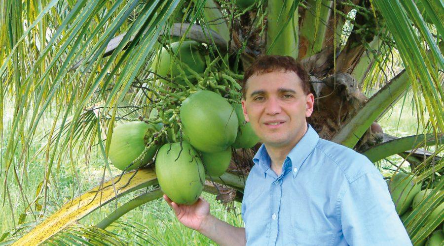 Entrevista amb Dr Martins. Parlem de l'aigua de coco!